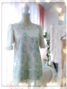 Tiffany Top - White spring dress leather designer couture  lace frenchlace chic classy fashion womenswear mint applegreen vintage high-fashion fashion  https://www.facebook.com/emilycheongcouture