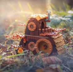 House for the Faun. Lego Studios, Lego Pictures, Lego Castle, Cool Lego Creations, Lego Worlds, Lego Photography, Lego Models, Lego Projects, Lego Instructions