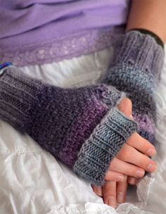 Knitting Pattern for 4 Row Repeat Toasties Fingerless Mitts - These mitts are knit in a slip stitch pattern with a 4 row repeat with ribbed cuffs.