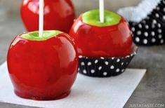 corn Apple Recipes Easy, Fun Baking Recipes, Candy Recipes, Dessert Recipes, Appetizer Recipes, Gourmet Apples, Gourmet Desserts, Holiday Desserts, Apple Turnover Recipe