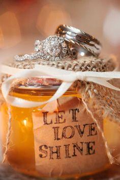 Ashley Steeby Photography Mandi + Travis Honey Lake Plantation Wedding Greenville, Florida Wedding Venue  Apple pie moonshine wedding favors.
