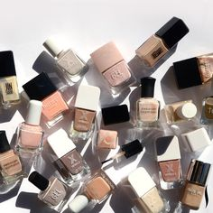 You may be bundled up in fall sweaters, but you can still bare it all on your nails #nailpolish