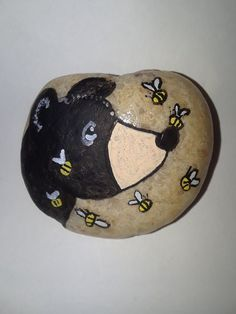 Pin by cindyrella on rocks and painting ideas рисунки, ракушки, камни. Painted Rock Cactus, Painted Rock Animals, Painted Rocks Craft, Hand Painted Rocks, Painted Pebbles, Rock Painting Patterns, Rock Painting Ideas Easy, Rock Painting Designs, Stone Art Painting