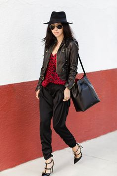 Parker 'KAE' LEOPARD PRINT HALTER TANK, Nordstrom Holiday Sales, Holiday look, Parker 'Lindy' Ruched Pants, Valentino Noir Rockstud Slingback Pump, Mansur Gavriel Structured Leather Bucket Bag, Black/Red, madewell felt fedora, Leopard print, red and black