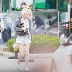 @taeyeon_ss_com - Instagram:「150717 태연이 #뮤직뱅크 #재출근 #오늘도화사하고이쁘다 #태연 #탱구 #요정탱 #TY #taeyeon #소녀시대 #SNSD #Party @taeyeon_ss」