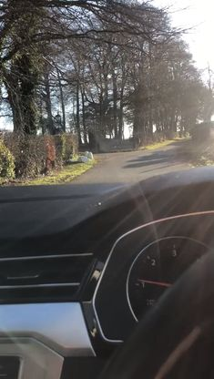 At a recent team training session, Jo who works in the office revealed that she felt so proud to work for Darver Castle and how she regularly take a video of the driveway leading to the office. Check out her recent video.