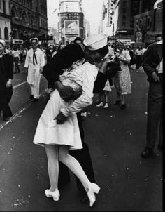 WW2 is one of my fave Era's in history! US wins a global conflict, women dressed sexy but not slutty, swing music ruled!