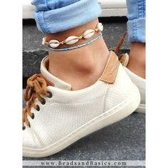 Shells, Jewelry Making, Bracelets, Sneakers, Diy, Shopping, Jewellery, Beaded Anklets, Tutorials