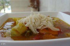 מרק ירקות שורש / צילום : ניקי ב
