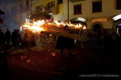 Tutto pronto per la rappresentazione de 'Il Giorno del Fuoco', il grande evento pensato dall'amministrazione comunale di Agnone per #Expo2015 @Expo2015Milano @expo2015eventi @raiexpo  Ph:Nadia Falasca