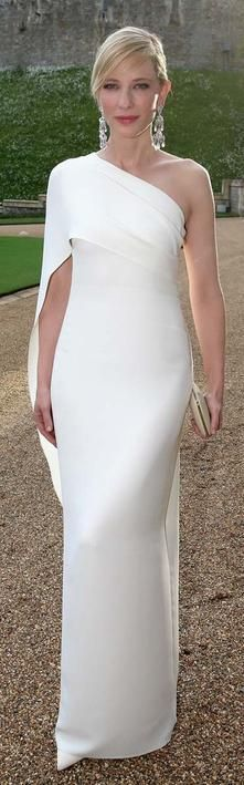 Divina:Cate Blanchett de Ralph Lauren. Para una boda de otro color.