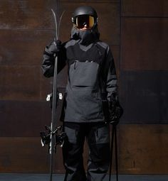 Update your wardrobe at Peak Performance official online store. Ski, golf and casual wear for men, women and children. Ski Fashion, Winter Fashion, Woman Fashion, Fashion Design, Mens Ski Clothes, Snow Gear, Mens Skis, Snowboarding Outfit, Casual Wear For Men