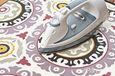 RugPal: How to Unroll and Flatten a Rug
