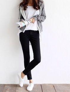 目指すは素敵なワンパターン!少ない服を上手に着回すミニマリストになろう | キナリノ