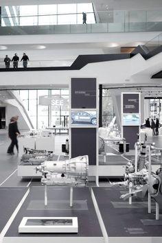 ZF Forum Unternehmenspräsentation – büro münzing Exhibition Display, Museum Exhibition, Exhibition Space, Stand Design, Display Design, Corporate Design, Interactive Display, Innovation Centre, Home Office
