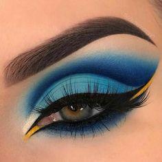 Makeup Eye Looks, Eye Makeup Art, Crazy Makeup, Blue Eye Makeup, Smokey Eye Makeup, Eyeshadow Makeup, Makeup Inspo, Makeup Ideas, Clown Makeup