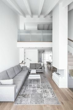 Penthouse in Valencia by Hernández Arquitectos