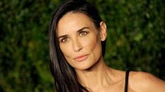 Demi Moore, Curly Hair Styles, Hair Color, Hair Beauty, Hairstyles, Fotografia, Haircuts, Haircolor, Hairdos