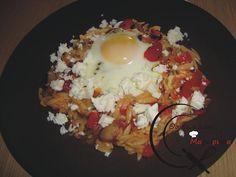 Κριθαράκι με αυγά στον φούρνο, της Λίτσας! Food And Drink, Eggs, Pasta, Breakfast, Morning Coffee, Egg, Egg As Food, Pasta Recipes, Pasta Dishes