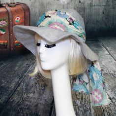 SALE  Floppy Sun Hat  Grey Linen with Floral by Bellastarrhats