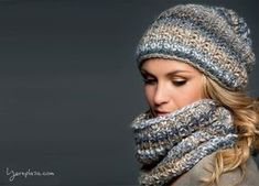 A free knitting pattern of a snood and hat! The best and easiest pattern for knitting a stylish snood scarf and matching hat with Lana Grossa Olympia.