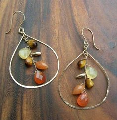 27 Free Wire Wrap Jewelry Tutorials - Earrings,Copper, Flat sheets and Teardrop. - 27 Free Wire Wrap Jewelry Tutorials – Earrings,Copper, Flat sheets and Teardrop necklace – - Wire Jewelry Designs, Diy Jewelry Tutorials, Diy Jewelry Making, Jewelry Crafts, Making Bracelets, Copper Wire Jewelry, Chain Bracelets, Gold Bracelets, Silver Necklaces