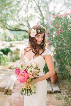 loving this wedding hair! http://www.weddingchicks.com/2013/10/03/pink-and-gold-wedding-3/