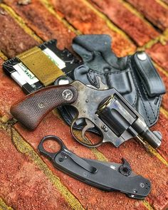 If I was born back in the day I would roll with one of these. Weapons Guns, Guns And Ammo, 38 Special Revolver, Smith And Wesson Revolvers, Firearms, Shotguns, Single Action Revolvers, Revolver Pistol, Lever Action Rifles