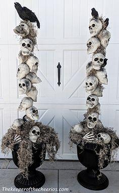 Costume Halloween, Halloween Film, Looks Halloween, Halloween Celebration, Halloween Tattoo, Halloween Cupcakes, Halloween Party Decor, Women Halloween, Halloween Makeup