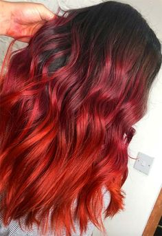 63 Hot Red Hair Color Shades to Dye for: Red Hair Dye Tips & Ideas - Homamade Hair Color Auburn, Hair Color Highlights, Red Hair Color, Cool Hair Color, Hair Colours, Ombre Rose Gold, Pastel Ombre, Dyed Red Hair, Dyed Hair Pastel