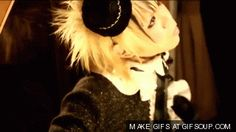 A Mamo gif from....a pv....I think it is Oiran Parade...please don't hate me if I am wrong.