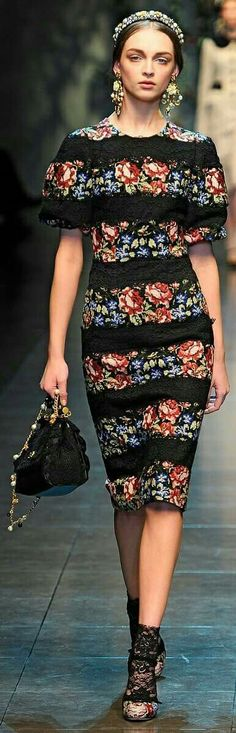 Trend Memo Day 6 Fall Florals    Floral embroidered midi dress - formal memo