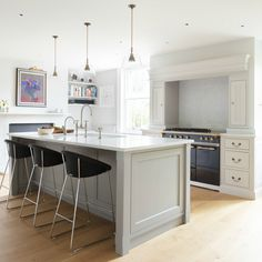 Georgian Farmhouse Kitchen, Hampshire  - Humphrey Munson 6  - SQ