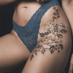 Most Trendy Inspirational Hip Buttocks Tattoos Ideas For.- Most Trendy Inspirational Hip Buttocks Tattoos Ideas For Women Most Trendy Inspirational Hip Buttocks Tattoos Ideas For Women – Buttock Tattoo Design 46 - Flower Hip Tattoos, Hip Thigh Tattoos, Thigh Tattoo Designs, Head Tattoos, Body Art Tattoos, Sleeve Tattoos, Tattoo Hip, Side Hip Tattoos, Waist Tattoos
