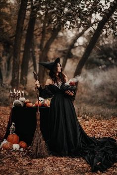 Days Until Halloween, Halloween This Year, Witch Room, Season Of The Witch, Samhain, Beautiful Images, Seasons, Celebrities, Witches