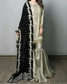 You all should totally check out Maria.B's new Luxury Collection it's Ahmazing Pakistan Shadi Dresses, Pakistani Formal Dresses, Pakistani Wedding Outfits, Pakistani Wedding Dresses, Pakistani Dress Design, Indian Dresses, Indian Outfits, Pakistani Gharara, Pakistani Culture