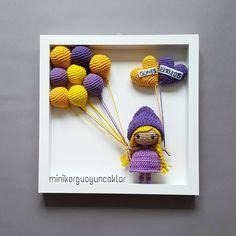 One more crochet frame with a little elephant - Salvabrani Crochet Bookmark Pattern, Crochet Bookmarks, Easy Crochet Patterns, Amigurumi Patterns, Bunny Crochet, Crochet Dolls, Crochet Wall Art, Knitted Stuffed Animals, Diy Y Manualidades