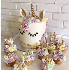 """10.2k Likes, 285 Comments - @lulukaylacupcake on Instagram: """"#unicorn #unicornlk #wiltoncake"""""""
