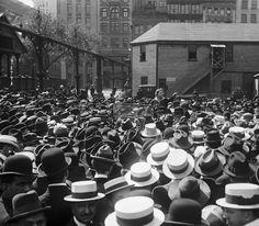 Emma Goldman hablando en Union Square, Nueva York, 1916