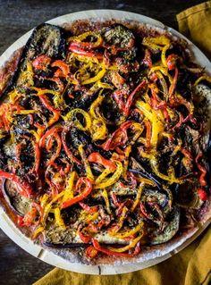 Pizza Vegana, Ethnic Recipes, Food, Summer, Canela, Fiber, Eggplant Pizzas, Spelt Flour, Pizza Recipes