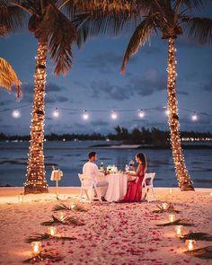 Beach Proposal, Romantic Proposal, Romantic Beach, Romantic Evening, Romantic Places, Romantic Dinners, Romantic Couples, Wedding Proposals, Marriage Proposals