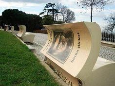 Book benches a Istanbul by @conviviocreativo