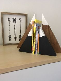 Diy bookends - Stained Wooden Mountain Bookends (large set), stained mountain blocks, snow capped mountain bookends, children's bookends, woodland nursery Baby Nursery Diy, Woodland Nursery, Diy Baby, Nursery Decor, Childrens Bookends, Wooden Bookends, Bookends Diy, Whimsical Bedroom, Wood Crafts