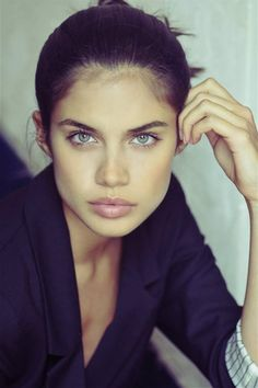 Sara Sampaio natural makeup