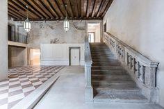 Il restauro degli edifici storici a Venezia è fortemente regolamentato ed i grandi progetti devono essere realizzati in modo tale da garantire la conformità alle prescrizioni delle autorità locali e la conservazione, per quanto...