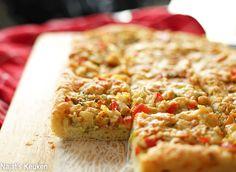 Chicken bread | Kookmutsjes Calzone, Cheddar, Quiche, Oreo, Pizza, Snacks, Chicken, Breakfast, Food
