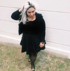 All black #black #style #inspiration #fashion #lookdujour #t0pbioggers  Look Acrescentei um colete de pele que está super em alta e aquece.
