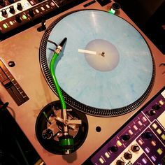 Custom gray & green #technics at the #stokyo #namm booth with #idjnow