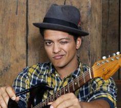 """""""Millionen nackter Frauen"""" - Bruno Mars im Feature - Fast wäre Bruno Mars der Sommerhit des Jahres in Deutschland geglückt."""