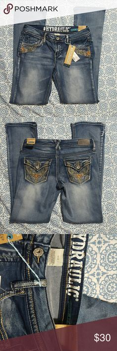Hydraulic 11/12 Jeans Low rise Boot Cut NWT NWT Embellished pockets heavy sticking boho boot cut low rise Hydraulic Jeans Boot Cut